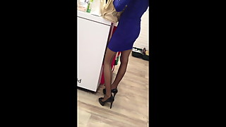 Nyloncouple - Public walking in FF stocking in the mall