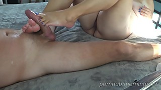 Wife gives me a oily solejob, footjob, toejob and I cum on her feet
