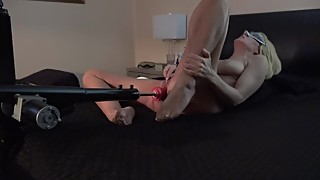 HOT WIFE FUCKS 3 HEADED DILDO FUCK MACHINE