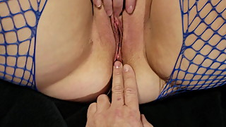 Milf hotwife fucked and creamed. Nice shaved pussy creampie