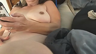 Wife spreading her pussy to get sucked and fucked