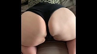 The hot and fat ass of my chubby wife