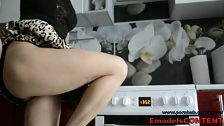 Real housewife fucks her pussy on the kitchen counter and laundry machine