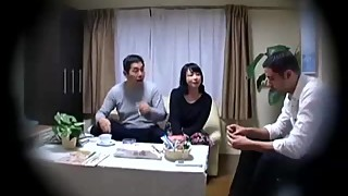 cheating Fuck japanese Homewife when her husband outside